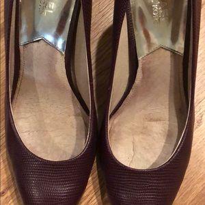 Michael Kors Shoes - Michael Kors purple pumps